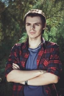 Максим Любачевский